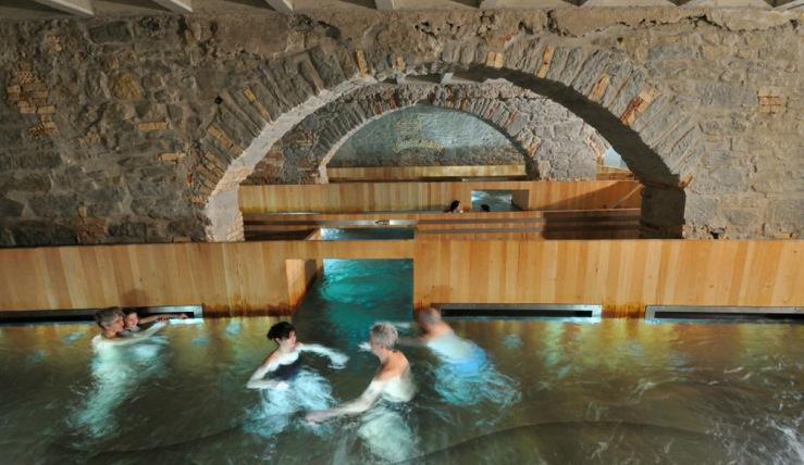 https-::www.spa-dich-fit.de:wellness-thermen:thermen-in-der-schweiz:kanton-zuerich:zuerich:thermalbad-spa-zuerich: